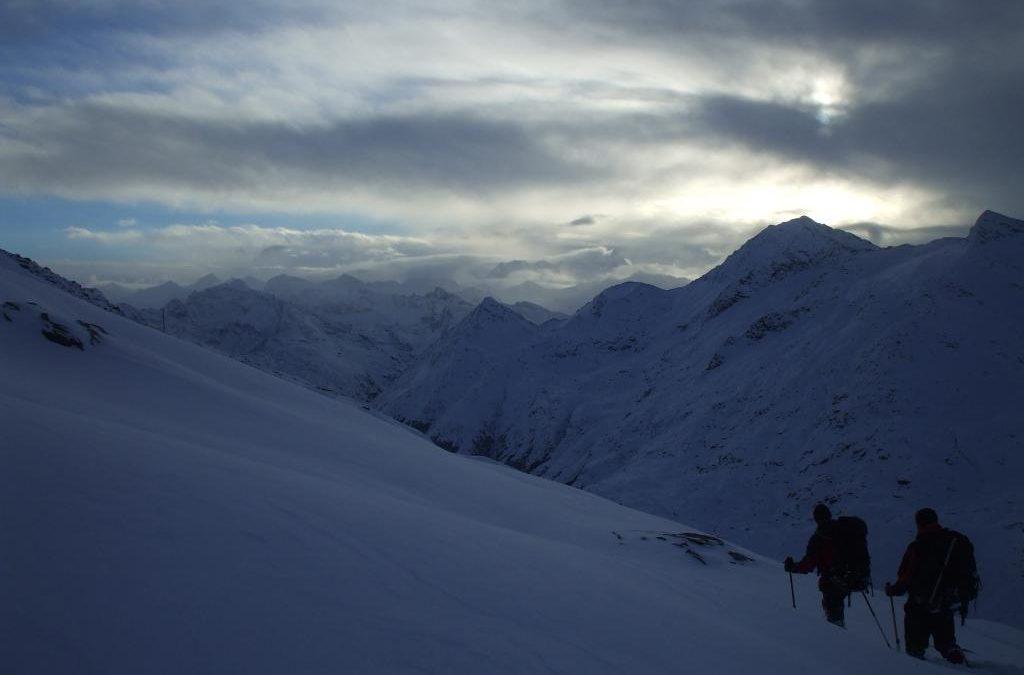 Ember a hóban, avagy köd előttem, köd utánam – tour